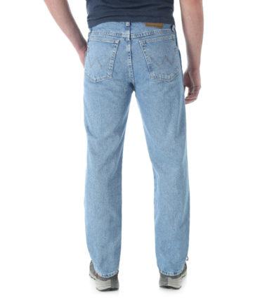 Wrangler Rugged Wear Classic Fit Denim Jean Rough Wash